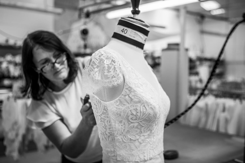 Lambert Créations Robes de Mariées - Au coeur de l'atelier