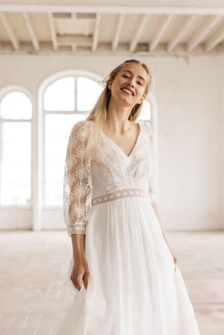 Lambert Créations Robes De Mariées Collection 2022 Flocon1